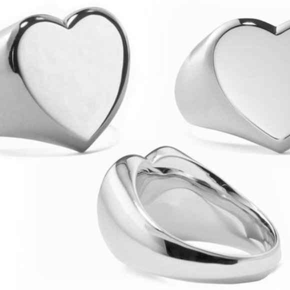 Jewelry - Silver Heart Signet Ring